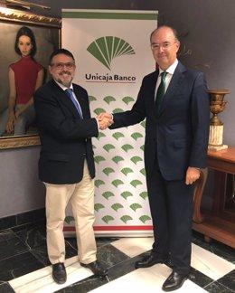 Renuevan acuerdo Unicaja Banco Colegio de Farmacéuticos