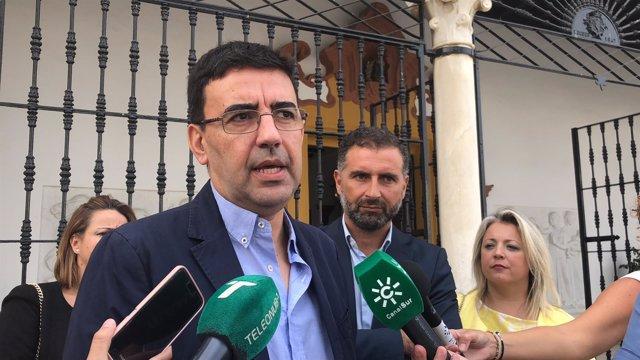 El portavoz del PSOE en el Parlamento, Mario Jiménez.