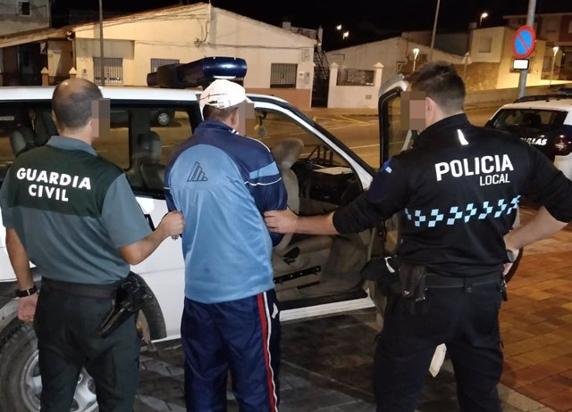 Detención de la Guardia Civil y la Policía Local de Bullas