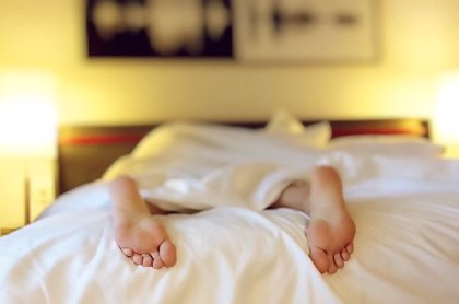 Confirmado: dormir más de 7 u 8 horas, o menos, al día es malo para la salud