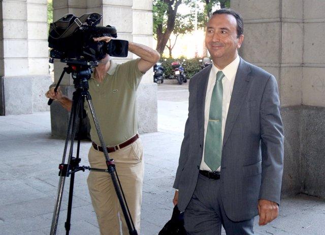 El magistrado Juan Antonio Calle, presidente del tribunal de los ERE