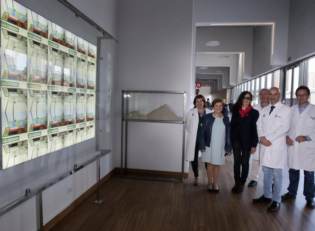 Ampliación de la galería del edificio de las Tres Torres con obra de Pilar Cossí