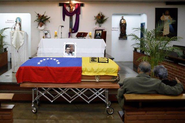 Capilla ardiente en memoria del concejal Fernando Albán