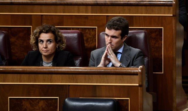 Dolors Montserrat y Pablo Casado