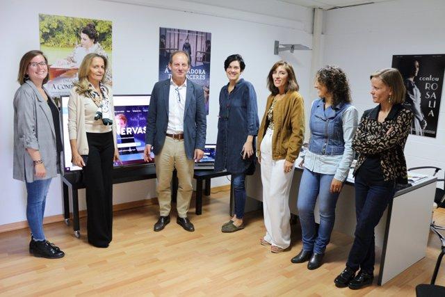 Director del Igape, Juan Cividanes, en reunión con la empresa Minervas Voice.