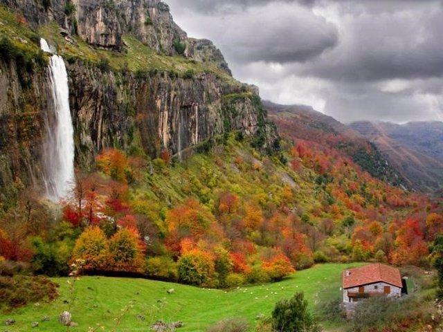 Casa rural en Cantabria. Alojamiento. Turismo. Naturaleza. Paisaje. Vacaciones.