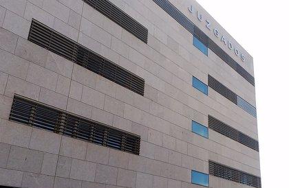 Un juez de Almería revoca los cambios en un IES de Níjar tras suprimir el área de Clásicas