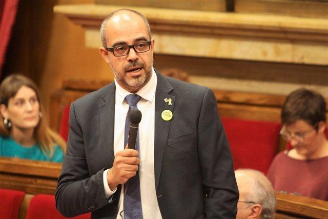 El conseller de Interior, Miquel Buch, en el Parlament