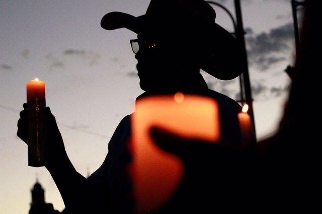 Familiares de personas desaparecidas rinden homenaje