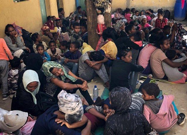 Refugiados eritreos en la frontera con Etiopía