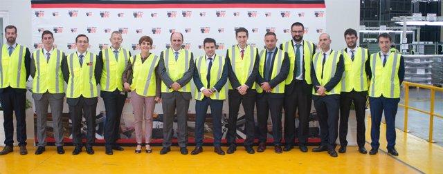 Manu Ayerdi visita las instalaciones de Truck & Wheel en Puebla (México)