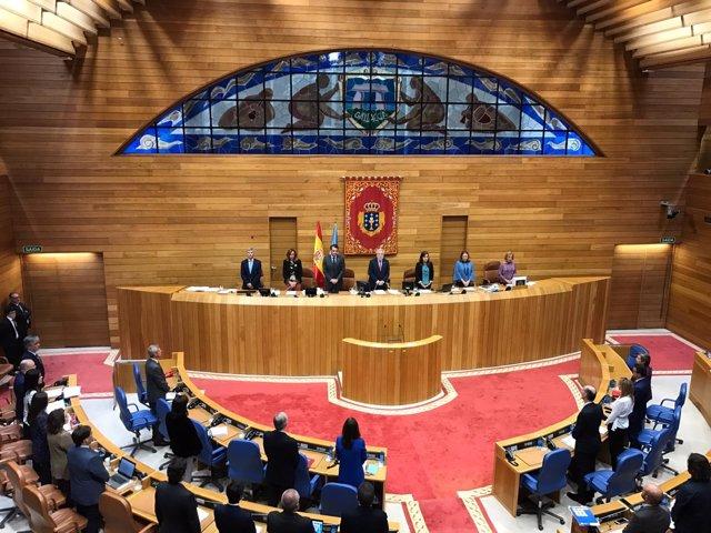 Minuto de silencio en el Parlamento de Galicia por los fallecidos en Mallorca