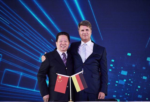 Firma de la ampliación del contrato de la 'joint venture' BBA de BMW en china