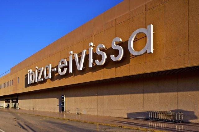 Aeropuerto De Ibiza Fachada