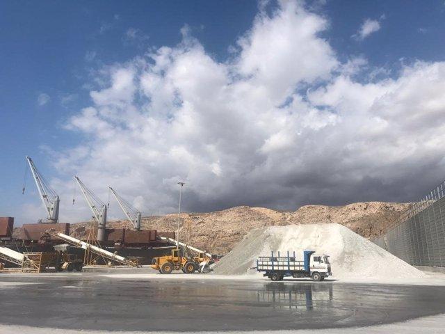 Muelle de Poniente del puerto de Almería