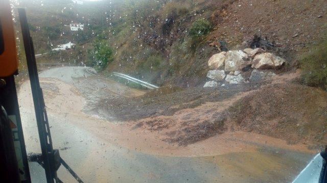La Diputación de Málaga actúa en 18 carreteras afectadas por el temporal