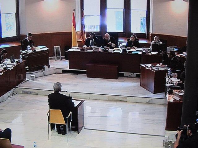 Narcís Serra en la seva declaració a l'Audiència
