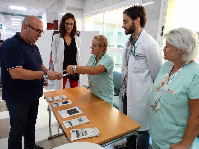 Málaga mesa informativa salud visual ceguera información profesionales ciudadano
