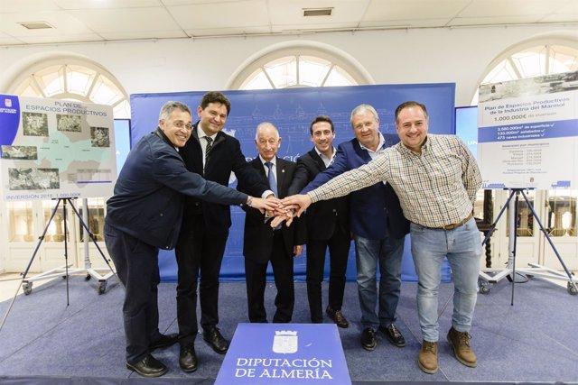 La Diputación lanza un plan de inversión en polígonos industriales del mármol.