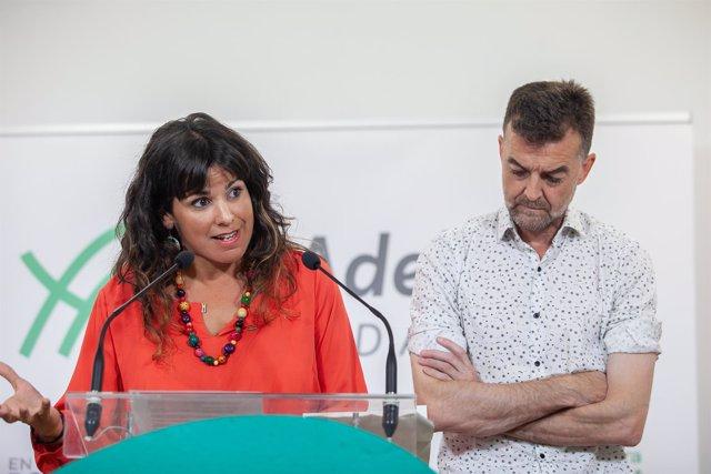 Teresa Rodríguez y Antonio Maíllo, en rueda de prensa