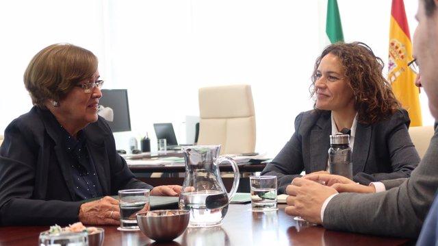 Imagen de la reunión entre delegaciones de la Junta de Andalucía y Cuba