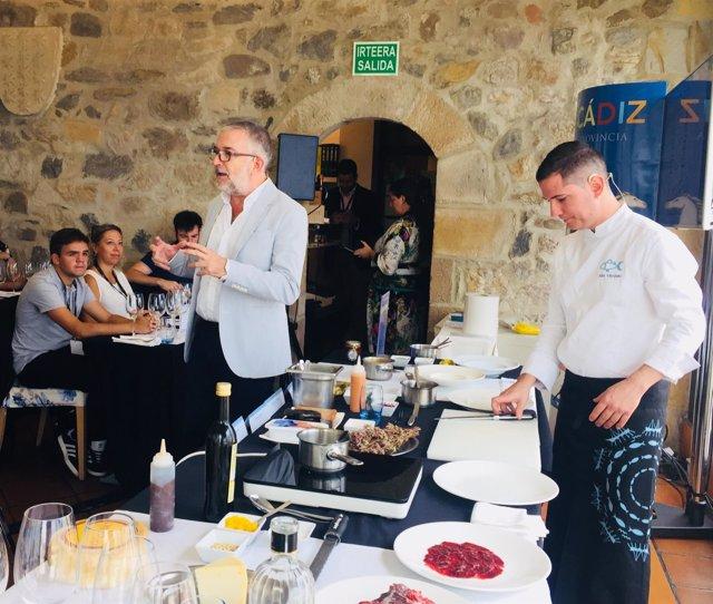 Muestra de cocina gaditana en Portugalete