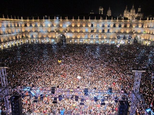 Celebración en la Plaza Mayor de una de las ediciones de la 'Nochevieja Universi