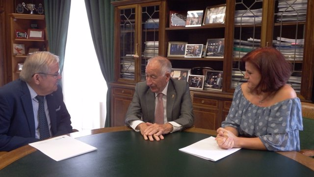 Amat junto a Blanque y Soler, la nueva ejecutiva de Asaja-Alnería.
