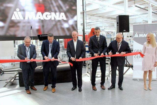Inauguración de la fábrica de asientos de Magna en Chomutov (República Checa)
