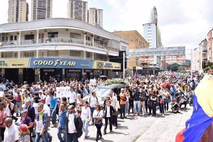 La defensa del concejal venezolano Fernando Albán denuncia que existen tres versiones sobre su muerte