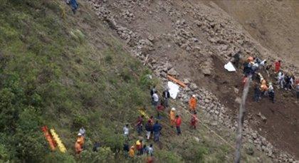 Al menos 11 muertos y varios desaparecidos deja un alud en un pueblo del centro de Colombia