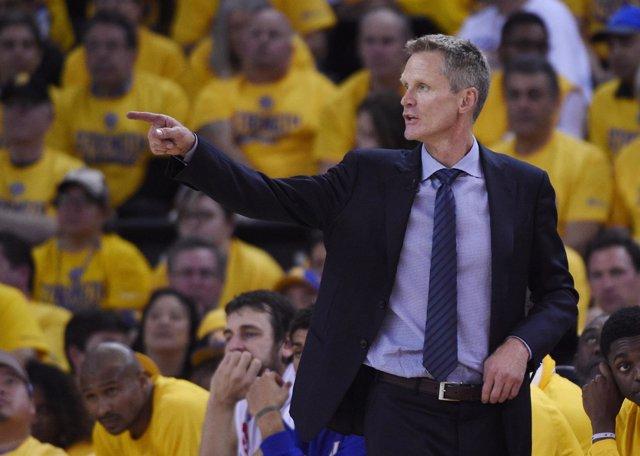 Steve Kerr, entrenador de Golden State Warriors