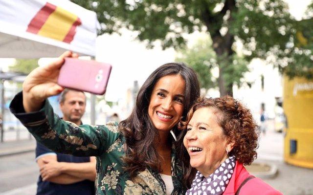 Cs acusa a Ahora Madrid de 'presionar a comerciantes y autónomos' y 'dar barra libre' a los manteros