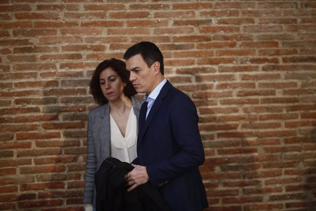 Pedro Sánchez e Irene Lozano