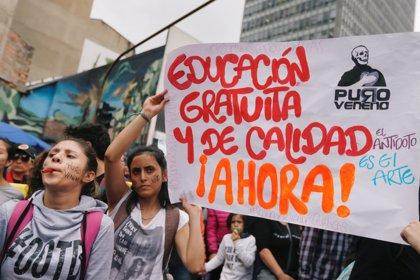 El Gobierno colombiano promete más recursos para la educación tras la movilización estudiantil