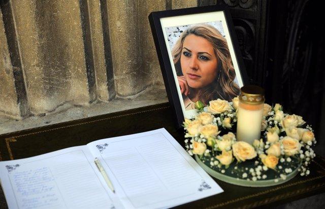 Funeral en memoria de la periodista Viktoria Marinova en Ruse