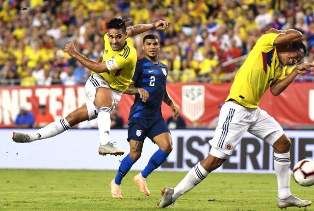 Oct 11, 2018; Tampa, FL, USA; Columbia forward Radamel Falcao (9)  takes a shot