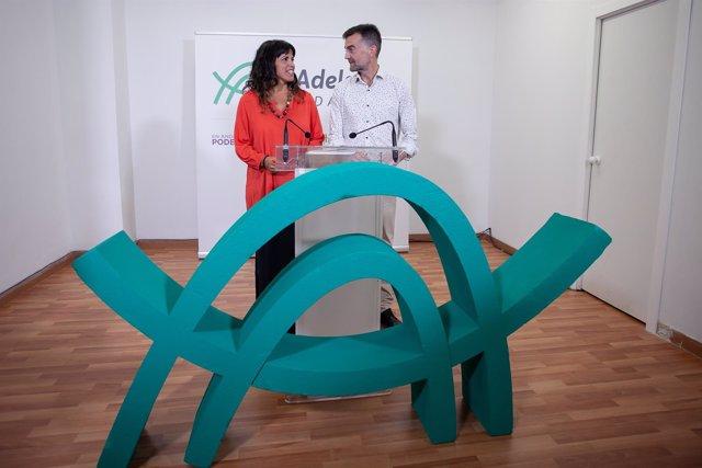 Los líderes andaluces de Podemos e IU, Teresa Rodríguez y Antonio Maíllo