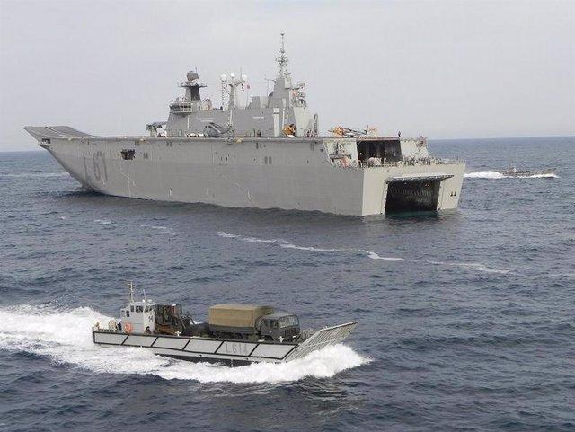 Portaaeronaves de la Armada Española Juan Carlos I