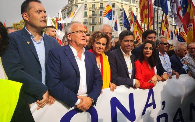 Montserrat (PP) acusa a Sánchez de haber 'entregado Cataluña a los independentistas'
