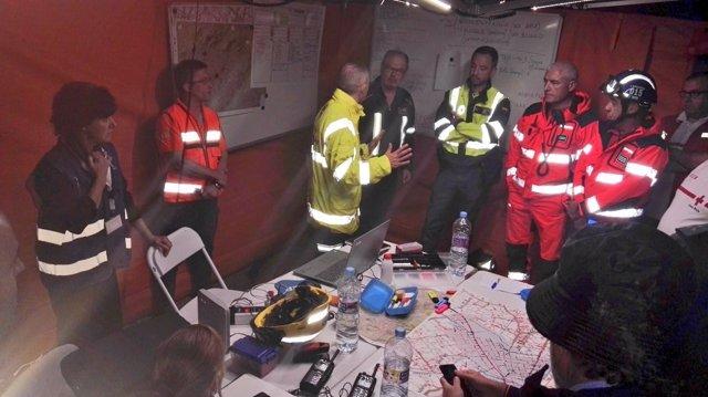 Equipos de emergencia en Sant Llorenç des Cardassar la noche de las inundaciones
