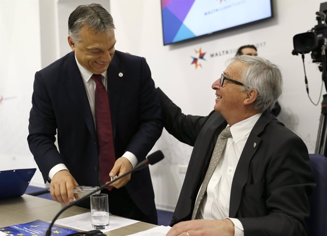 Viktor Orban y Jean-Claude Juncker