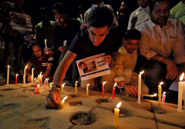 Vigilia por el activista medioambiental G.D. Agarwal