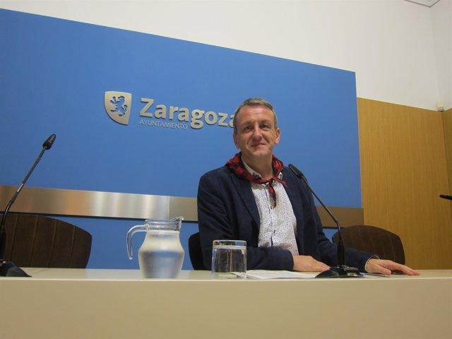 Consejero de Economía y Cultura de Zaragoza, Fernando Rivarés