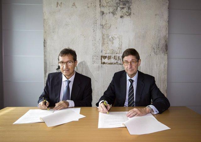 Firma del convenio entre Bankia y Fundación Sa Nostra
