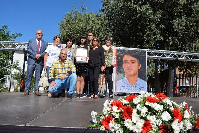 Homenaje póstumo al periodista José Luis Gordillo