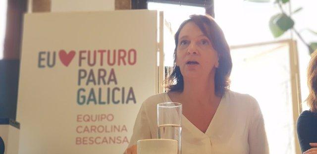 Carolina Bescansa en Betanzos en su campaña para liderar Podemos Galicia