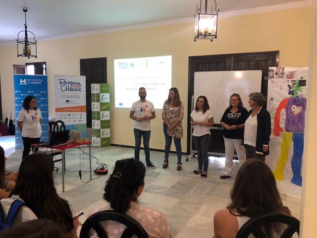 La Diputación de Huelva forma a jóvenes del programa 'Reconocer y Cambiar'