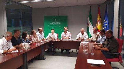 Junta y ayuntamiento de Sierra de Cazorla de Jaén analizan actuaciones para mejorar las carreteras y el transporte