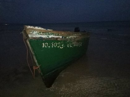 Interceptan en Formentera a dos personas más que viajaban en una de las cuatro pateras localizadas en Baleares
